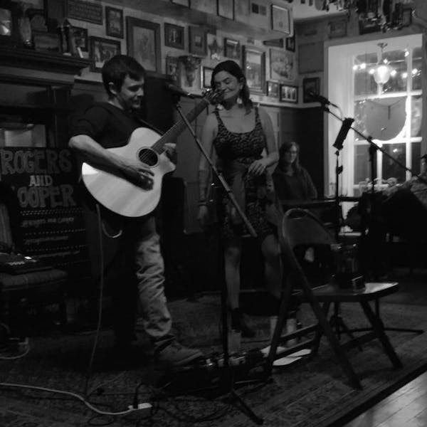 Rogers & Cooper – Live on the Patio