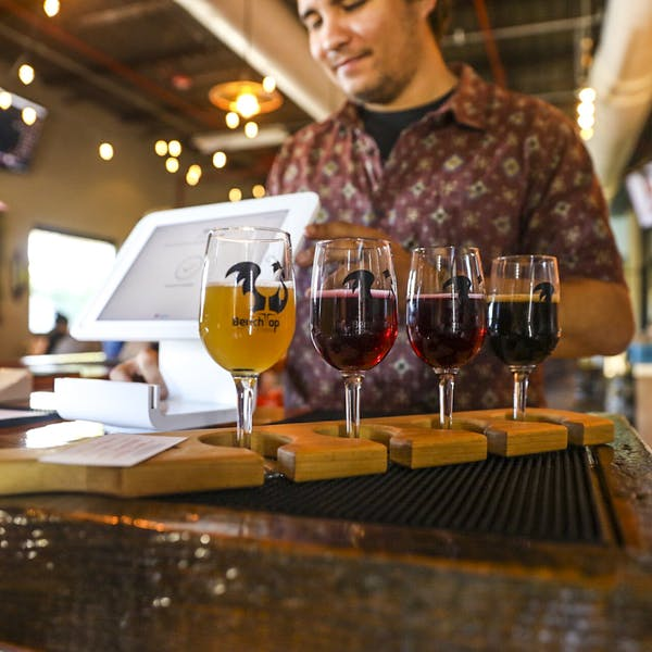 Creative Beers Draw Crowds to Benchtop Brewing