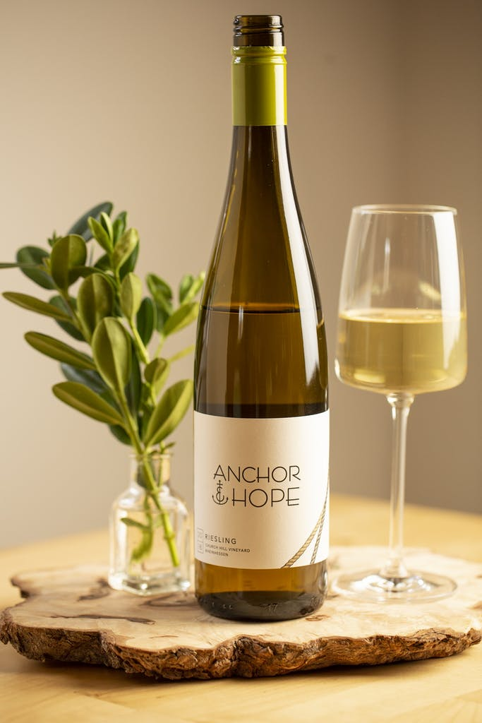 Anchor & Hope_Lifestyle Poured Wine-16