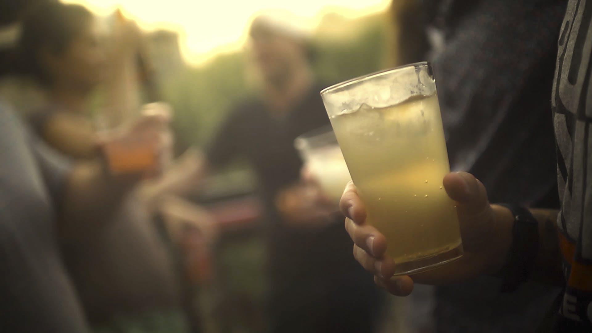 DEVI-Cocktail close-up 2