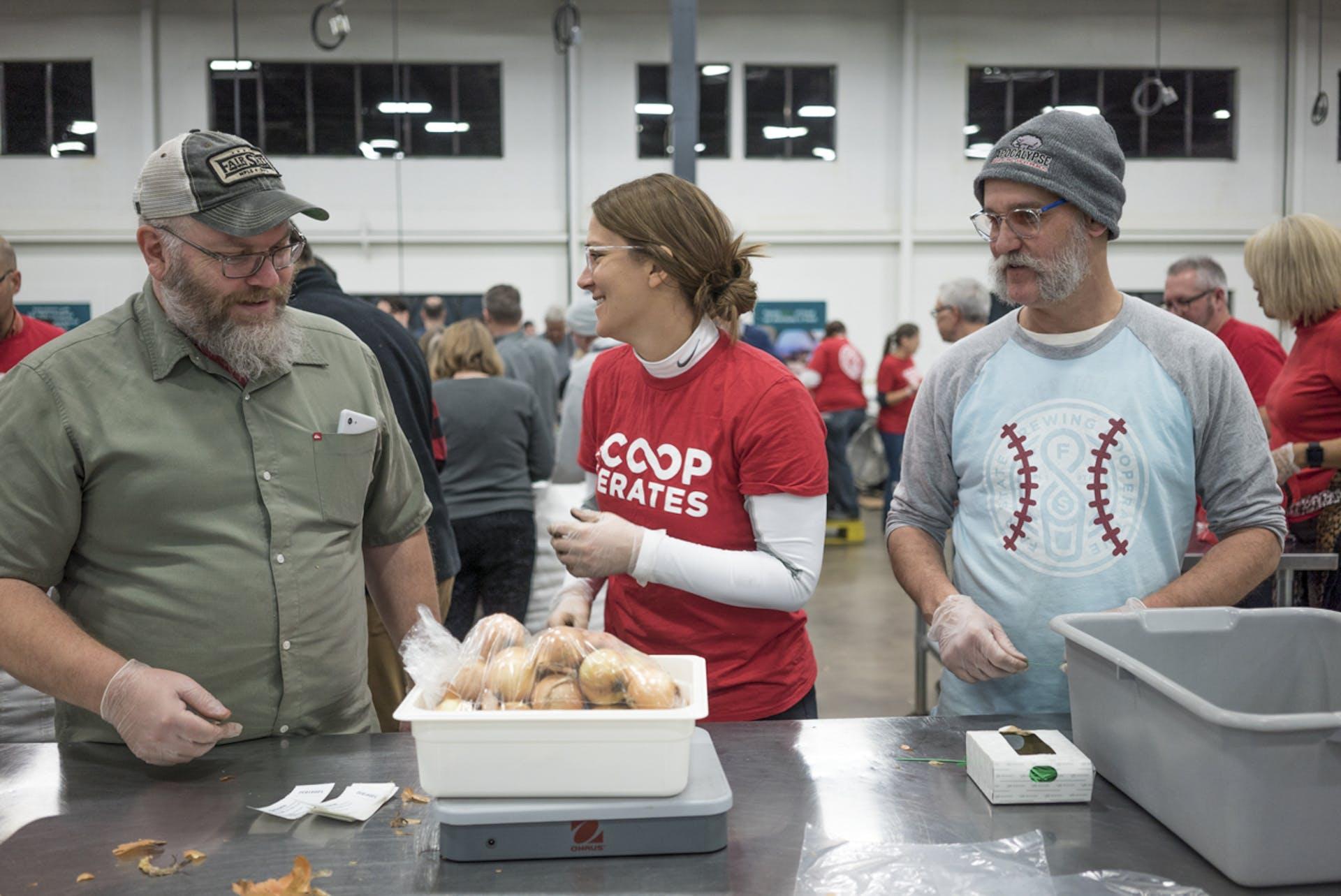 Cooperates_foodpacking_2_FAIRSTATE_