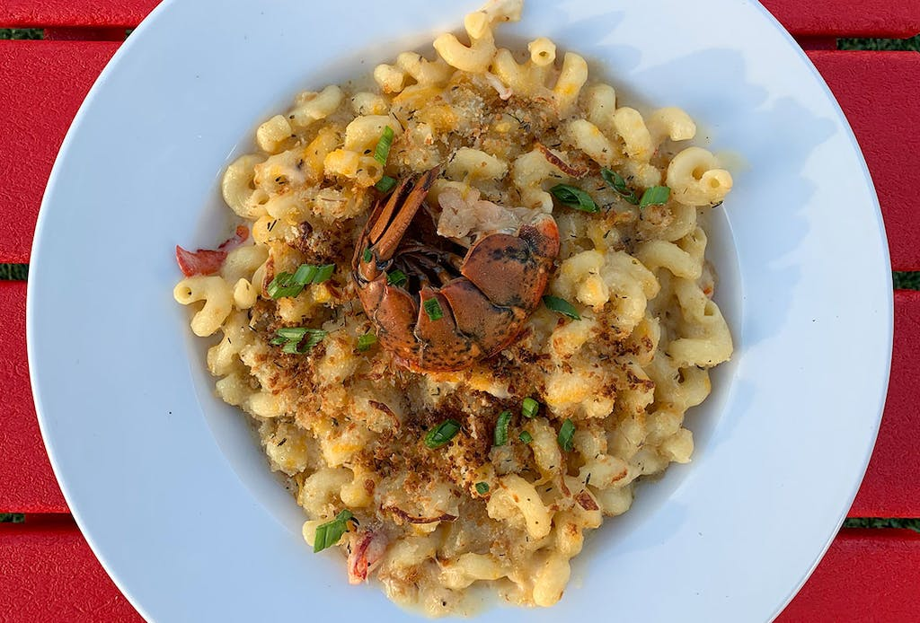 Smoked Gouda Lobster Mac And Cheese