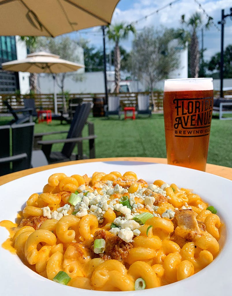 Buttermilk marinated and fried chicken, buffalo cheddar cheese sauce, cavatappi pasta, topped with blue cheese crumbles and scallions
