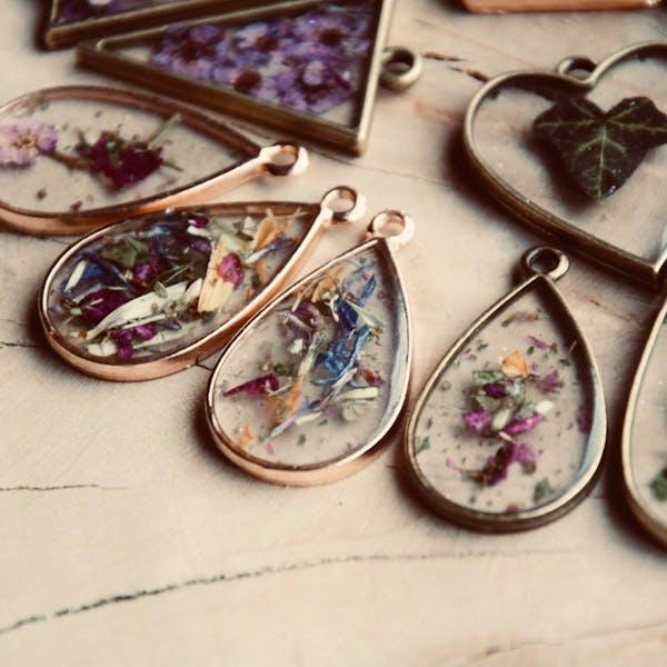 Resin Jewelry Workshop at Hardywood West Creek