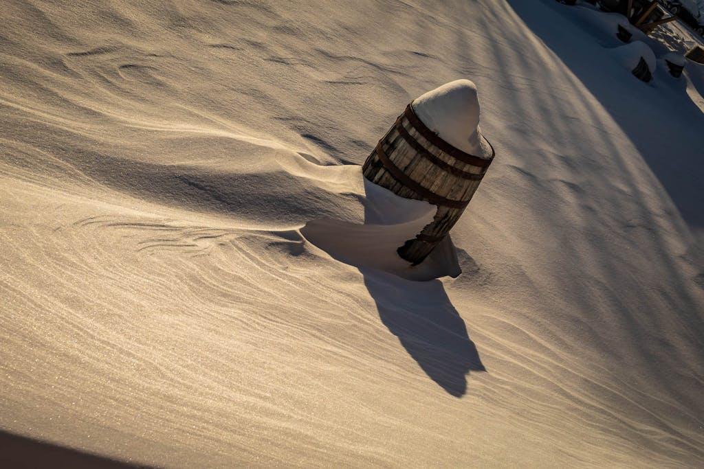 Accent barrels in winter