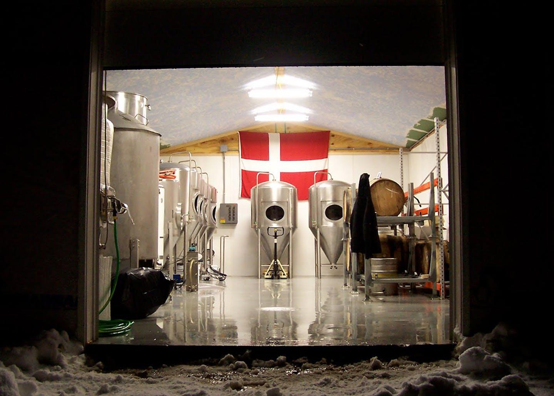 snow+flag+brewery