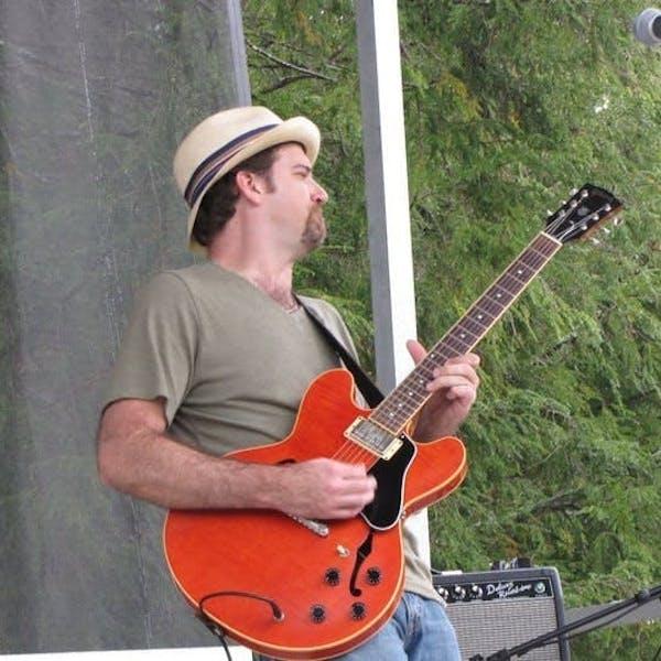 Live Music Fridays: Eric Congdon