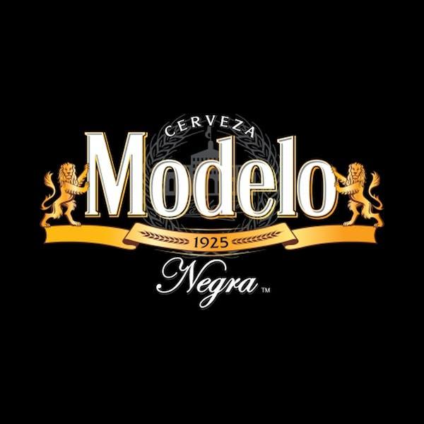 Negra-Modelo-
