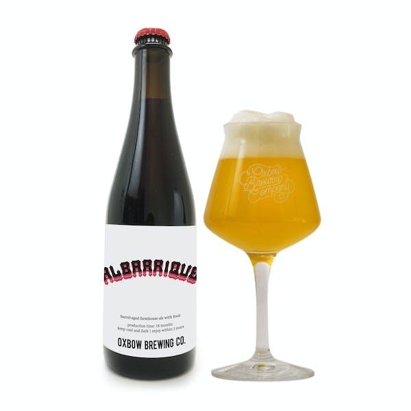 albarrique_bottle_and_glass_pour