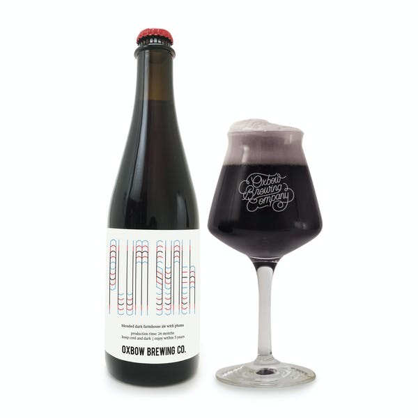 plum_synth_bottle_and_glass_pour