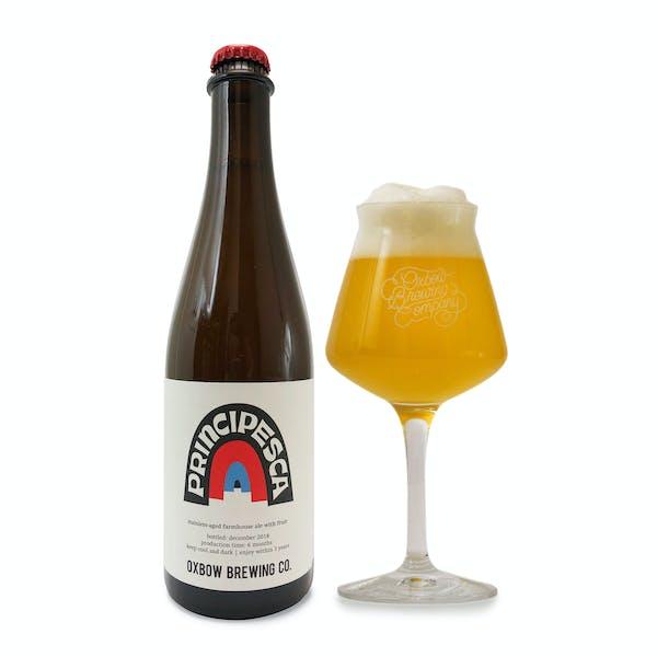 principesca_bottle_and_glass_pour