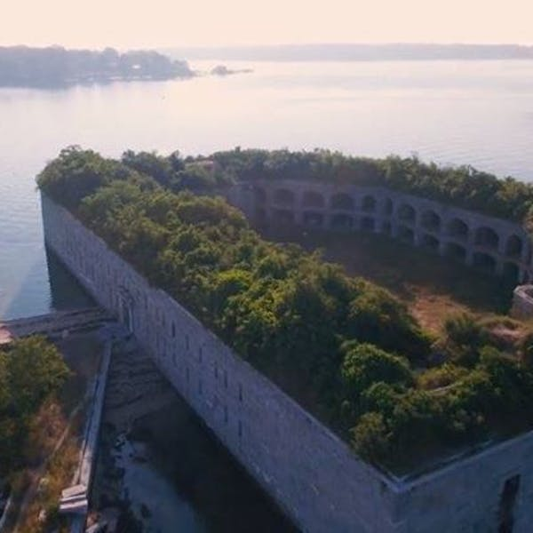 Cheers (and Beers) for Casco Bay's Fort Gorges