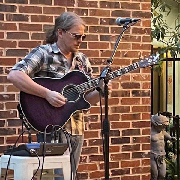Live Music: Joey Williams