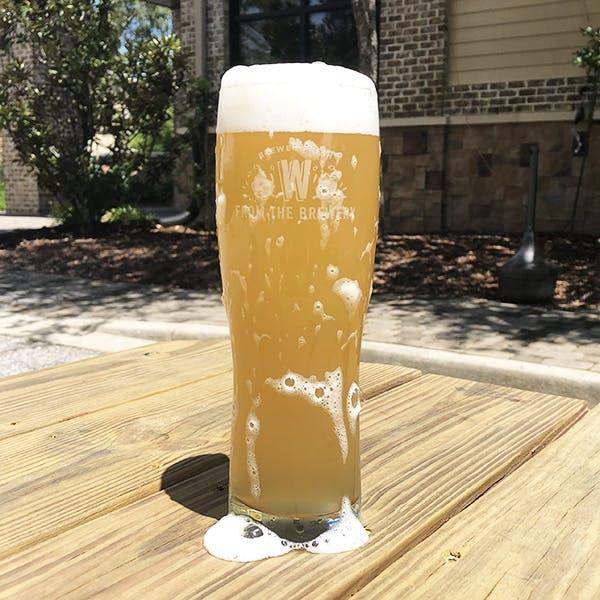 Image or graphic for Cerveza Para Beber Cuando Hace Calor Afuera