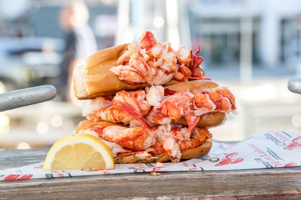 cousins maine lobster roll